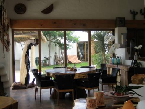 Ambientes Tropicales: Ventanas de estilo  por Multivi