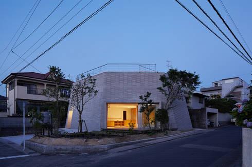 SHIRASU: ARAY Architectureが手掛けた家です。