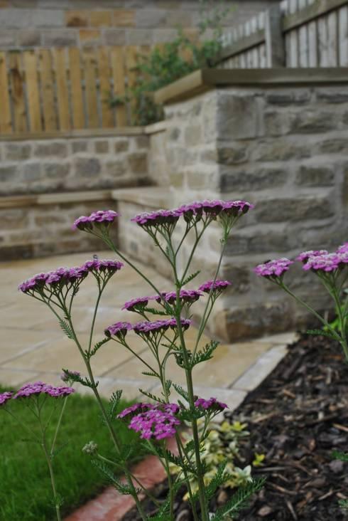 Yorkstone Garden : country Garden by Native Landscape Design