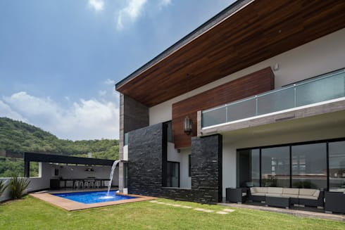 Giardino in stile in stile Moderno di URBN