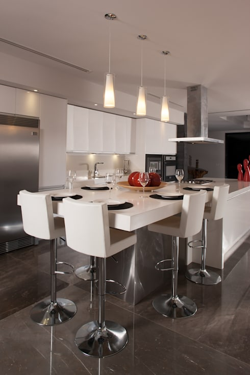 JT/Cocina: Cocina de estilo  por URBN
