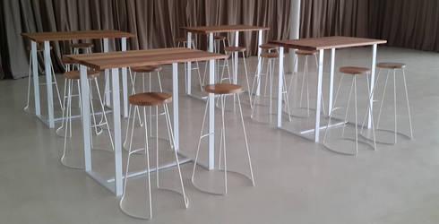 Banquetas y Mesas : Hogar de estilo  por Tabureto