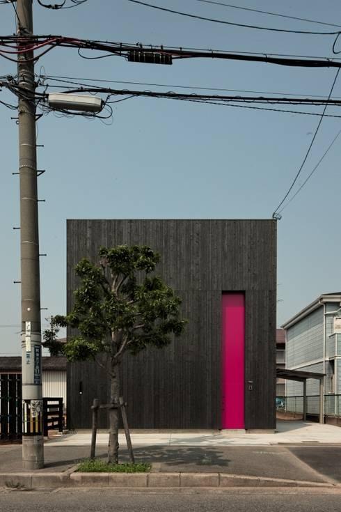 Maisons de style  par eu建築設計