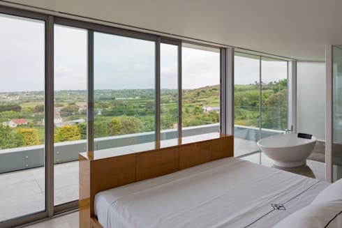 Etoile du Nord: modern Bedroom by JAMIE FALLA ARCHITECTURE