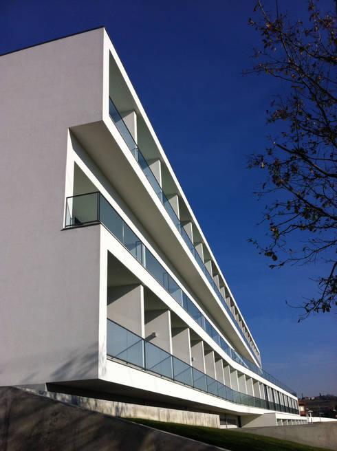 منازل تنفيذ Atelier Lopes da Costa