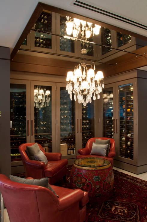 Cavas de estilo clásico por Link Interiores