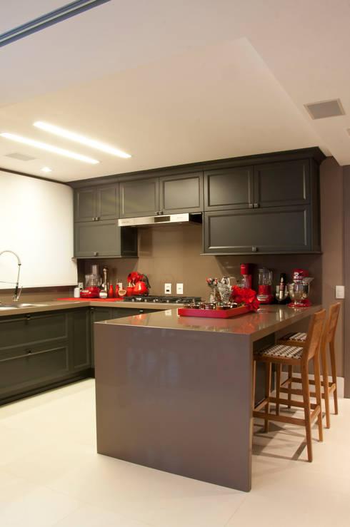 Cliente G: Cozinhas  por Link Interiores