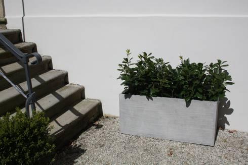 pflanzk bel fiberglas im beton design von ae trade online. Black Bedroom Furniture Sets. Home Design Ideas