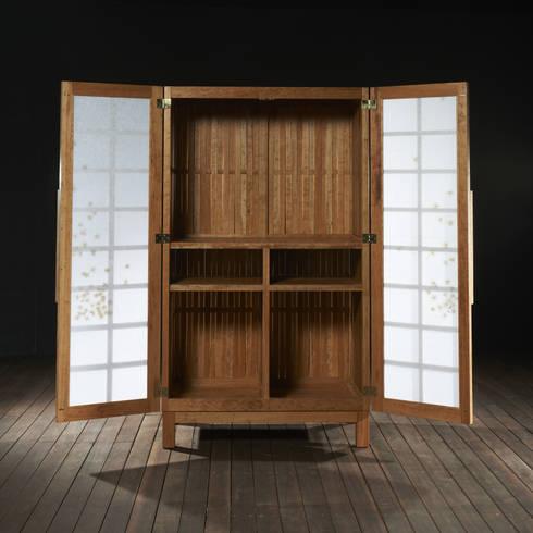 the MEMORY-Flower way,꽃길(장롱): Y.G.Park Wood Studio [박연규 우드스튜디오]의  침실