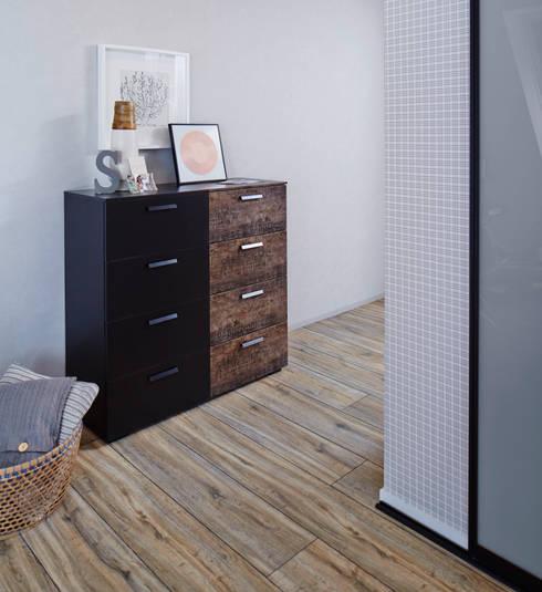 Camera da letto in stile  di Elfa Deutschland GmbH