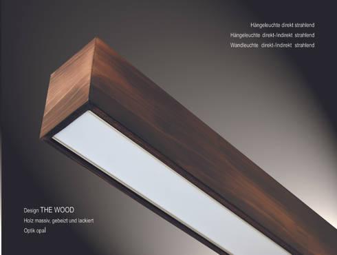 """Design """"The Wood"""": moderne Wohnzimmer von Lignalux"""