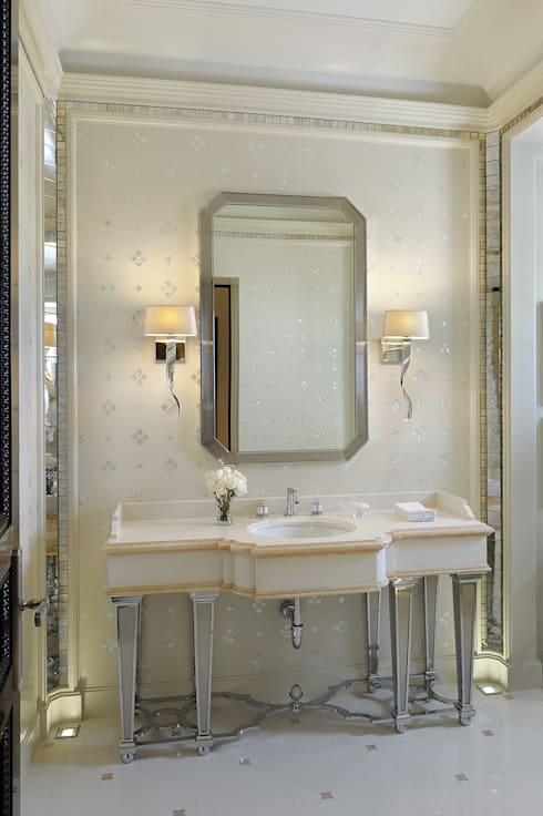 Residenza privata - Palm Beach, Florida - Guest bathroom:  in stile  di Ti Effe Esse Interiors