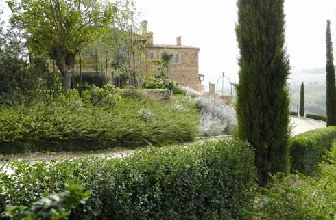 Giardini di campagna di Lucio Piunti  homify