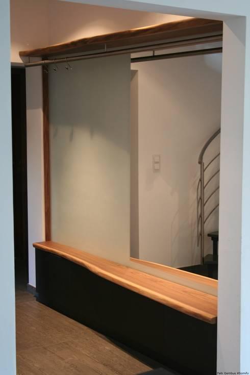 garderobe aus massivholzbohlen black walnut amerikanischer nussbaum von falk raum design. Black Bedroom Furniture Sets. Home Design Ideas