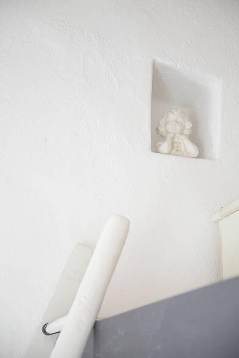 Dormitorios de estilo rústico de STUDIO PAOLA FAVRETTO SAGL - INTERIOR DESIGNER