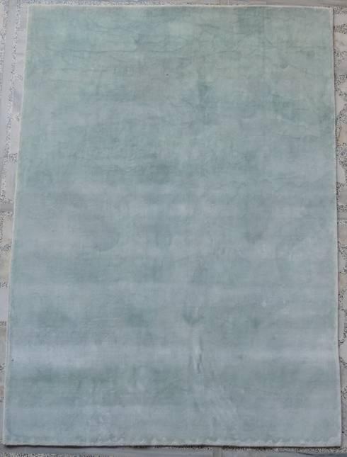 Painted Silk Carpets:  Walls & flooring by Rugs De Indiska
