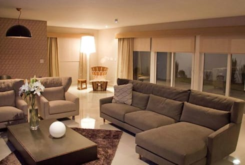 Sala.: Salas de estilo moderno por Softlinedecor