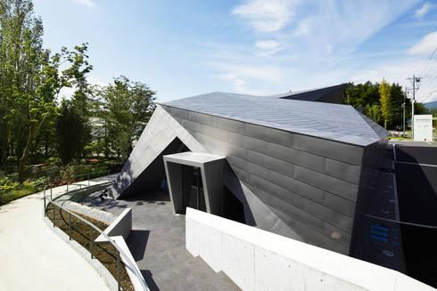 外観近景2: 株式会社 安井秀夫アトリエが手掛けた美術館・博物館です。
