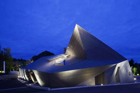 外観夜景: 株式会社 安井秀夫アトリエが手掛けた美術館・博物館です。