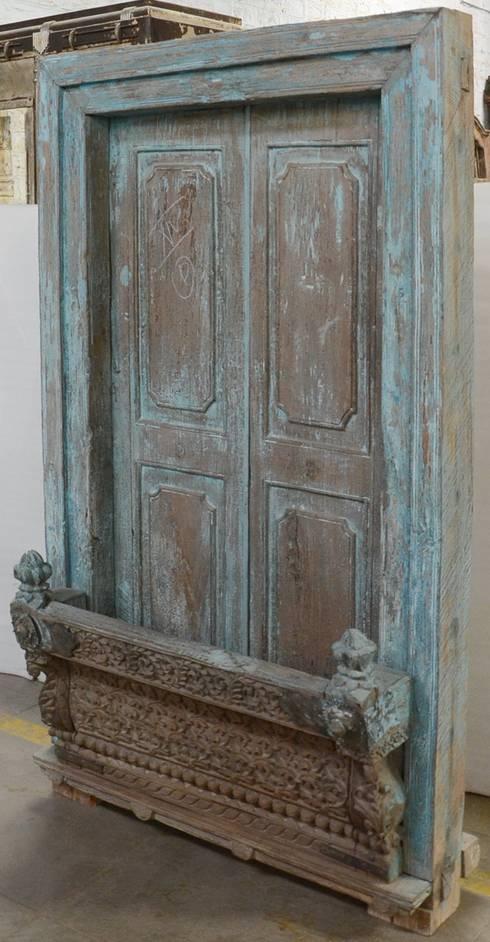 Vintage-Türen und -Fenster aus Indien: asiatische Fenster & Tür von Guru-Shop