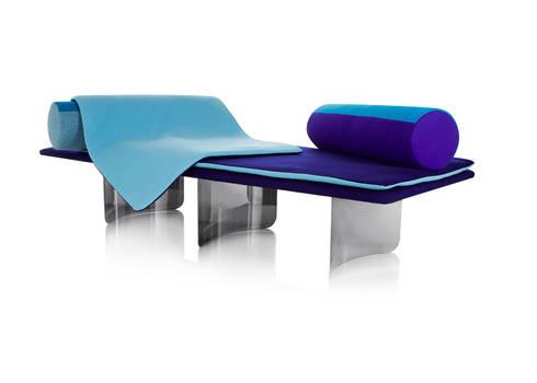 WAVES: modern Living room by LAURENTMULLER