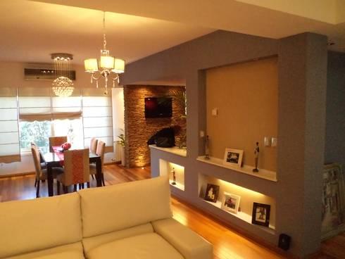 Interiorismo Zen: Livings de estilo moderno por LEBEL