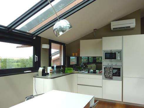 Ristrutturazione di mansarda con terrazzo e veranda di Studio ...