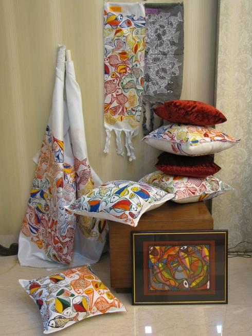 Hogar de estilo  por TUNI Interiors Pvt. Ltd.