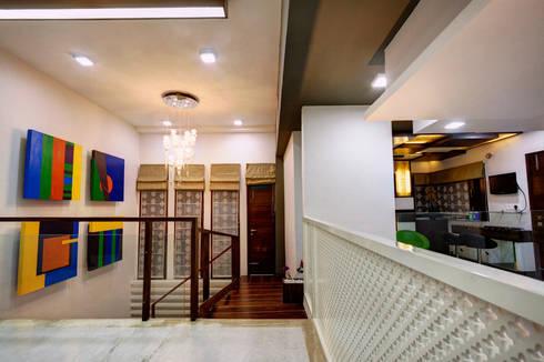 Lobby: modern Houses by Studio An-V-Thot Architects Pvt. Ltd.
