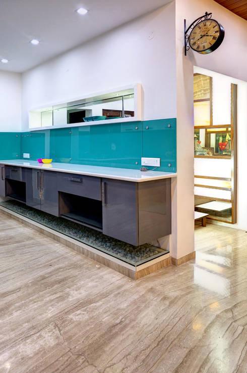 Kitchen: modern Houses by Studio An-V-Thot Architects Pvt. Ltd.