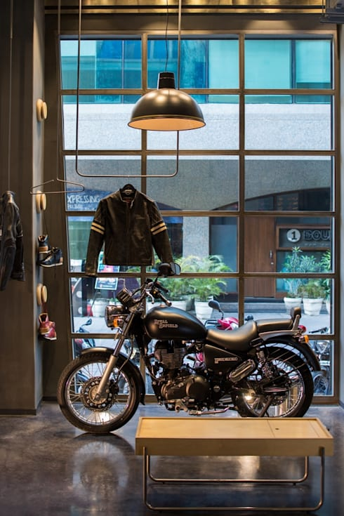 Royal Enfield :  Commercial Spaces by Studio Lotus