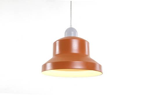 Num Lamp: Comedor de estilo  por Natural Urbano