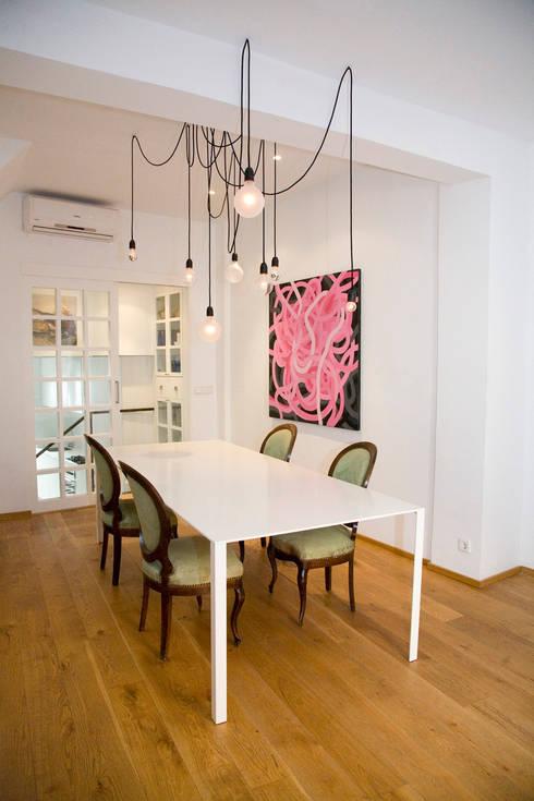 SC8.CASA: Casas de estilo moderno de BONBA studio