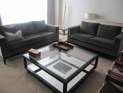 Chelsea apartment: modern Living room by Novita Furniture Collection