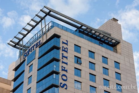 Hotel Sofitel: Hotéis  por MarchettiBonetti+