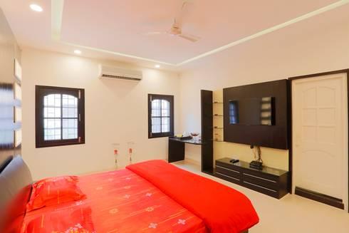 New Beginning.: modern Bedroom by DESIGN5