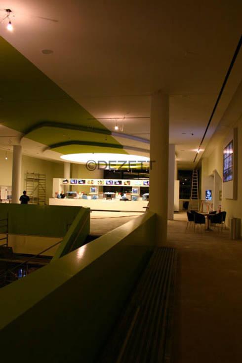 Lichtdecke CinemaxX Bielefeld von DEZETT Spanndecken | homify