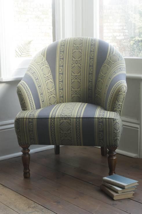 Hungarica :: Viscose Blend :: Brass / Battleship (Reversible): classic Living room by Julia Brendel Limited