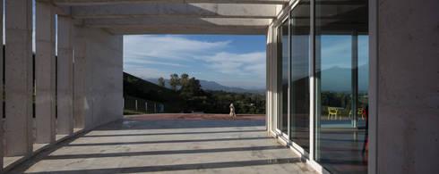 Casa HLM: Terraços  por Boa Arquitetura