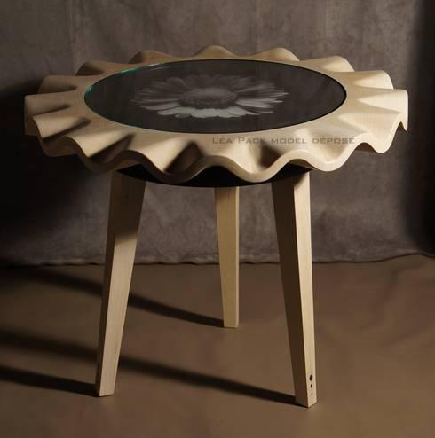 """Table ronde """"Vole ou Marche"""": Maison de style  par Léa Pack"""