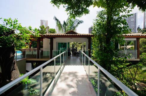 Residência Ecológica: Casas modernas por Caramelo Arquitetos Associados