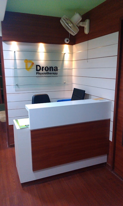 DRONA PHYSIOTHERAPY:   by ArchiDes