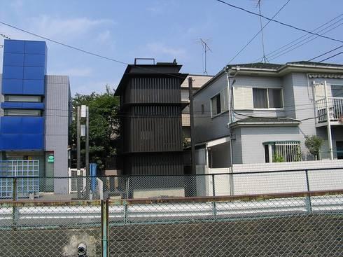 小鉄: 川口通正建築研究所が手掛けたです。