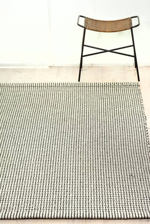 Teppich -signum-:  Wände & Boden von Handweberei Katja Stelz