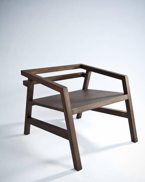 minimalistische Woonkamer door seré/dondossola