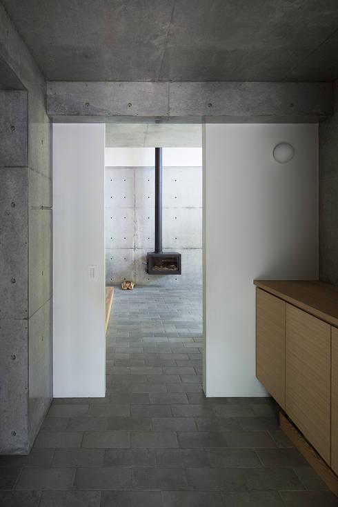三角屋根の家: 林建築設計室が手掛けた家です。