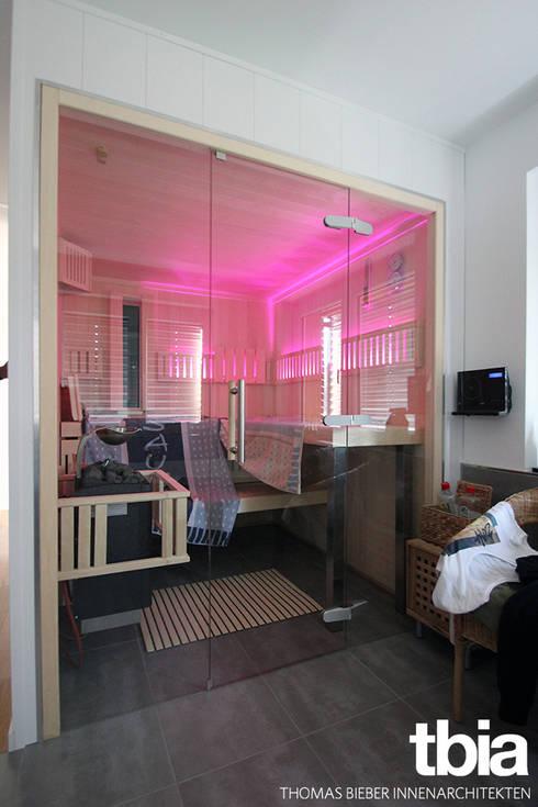 Banheiros  por tbia - Thomas Bieber InnenArchitekten