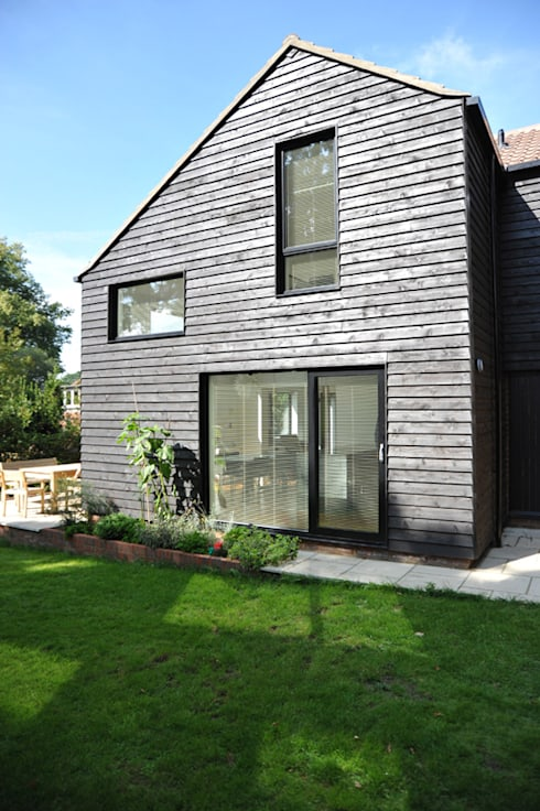 The East Facing Elevation of a 2-Storey Extension: modern Houses by ArchitectureLIVE