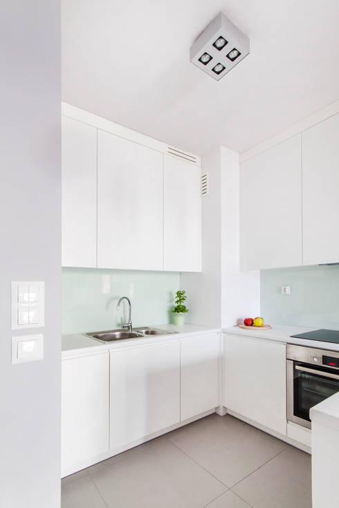 Aneks kuchenny: styl , w kategorii Kuchnia zaprojektowany przez MEEKO Architekci