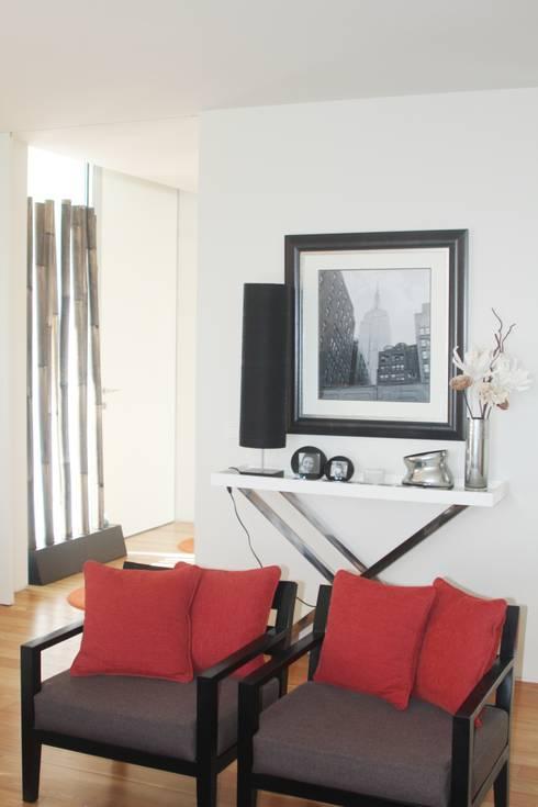 SALA - ALFRAGIDE: Salas de estar modernas por Stoc Casa Interiores